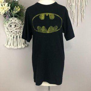 3/$25 Batman short sleeve T Medium 100% cotton